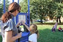 Nové bezpečnostní hodiny s hlásičem na sídlišti E. Beneše v Prostějově
