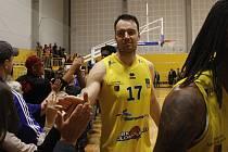Petr Bohačík v premiéře za tým BK Olomoucko přispěl k výhře nad Brnem.