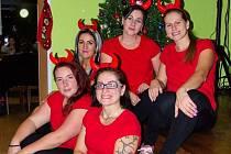 Rozsvěcování vánočního stromku se stalo náplní víkendového programu v mnoha obcích a městech, ani Myslejovice nebyly výjimkou.