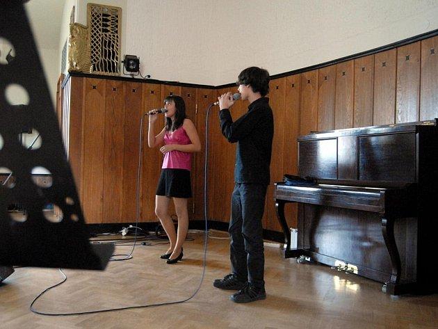 Soutěž Zpívající rodina v prostějovském Národním domě