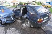 Srážka dvou aut ve Vranovicích - Kelčicích