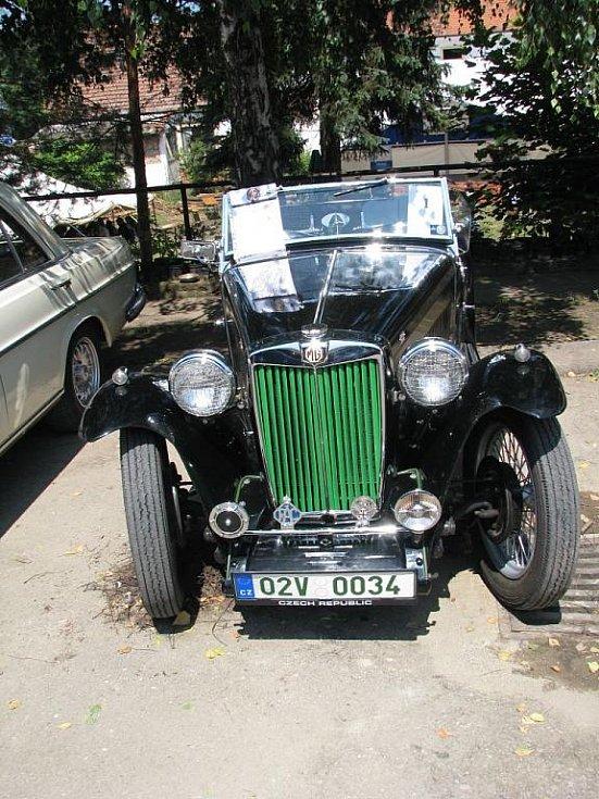 Do Želče se sjely historická vozidla