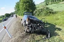 Nehoda na D46, kvůli hledání telefonu v autě