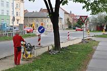 Budování cyklostezky u mlýnského náhonu v ulici Bohumíra Šmerala v Prostějově