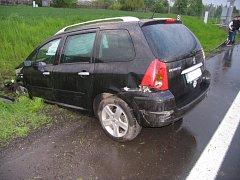 Na rozmary počasí doplatila v pondělí večer třiačtyřicetiletá řidička osobního auta.