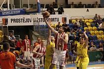 Z druhého čtvrtfinálového zápasu mezi Olomouckem a Pardubicemi.