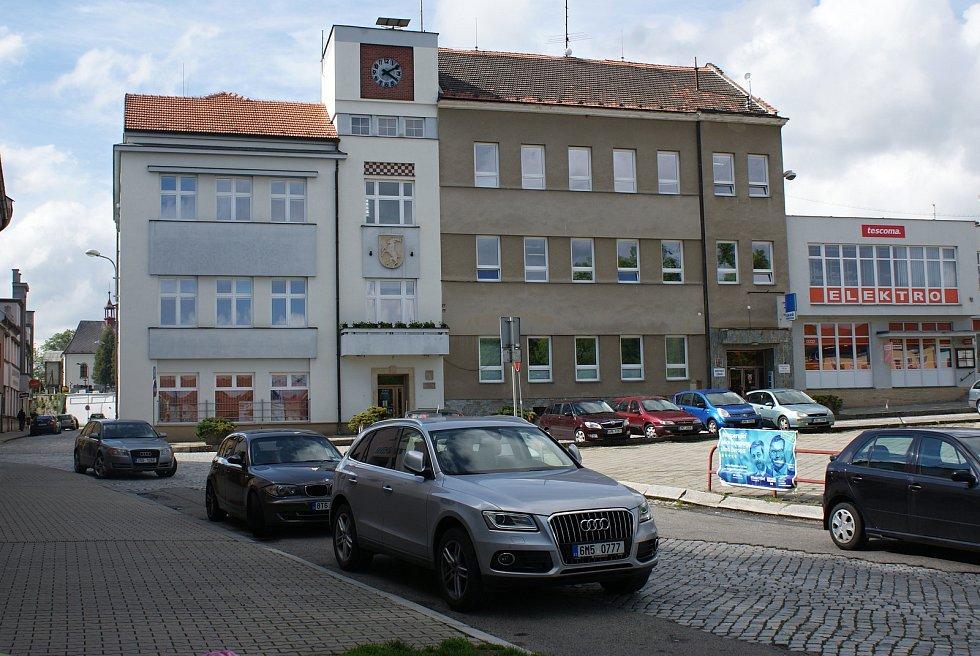 Masarykovo náměstí v Konici - radnice