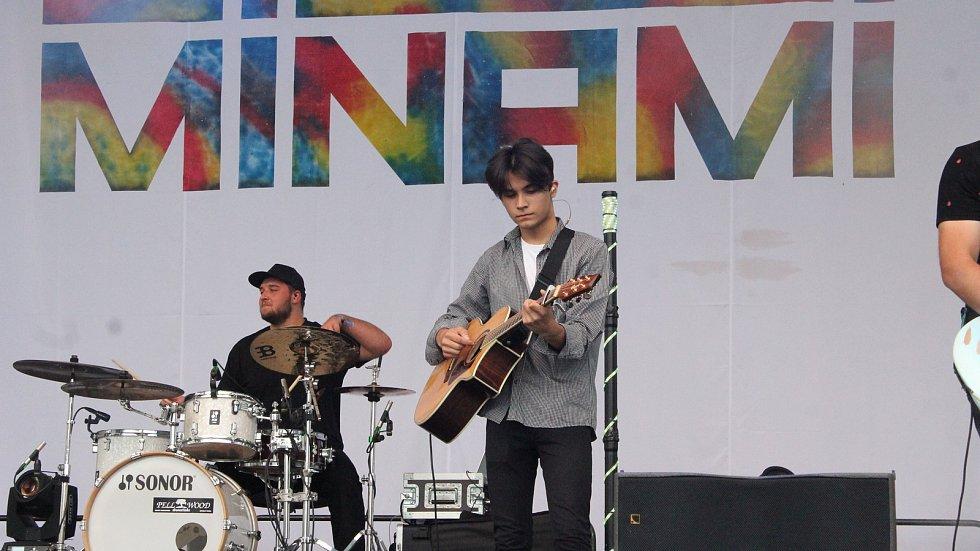 Koncert Minami na prostějovském náměstí