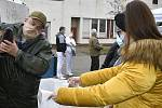 Kapří nadílka pro zaměstnance prostějovské nemocnice - 22. 12. 2020