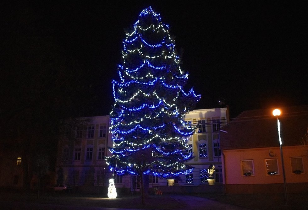Vánoční strom 2020 v Kralicích na Hané
