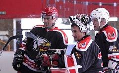 Zástupci nového hokejového klubu SK Prostějov 1913 se zapojili do amatérského turnaje Aris Cup 2017