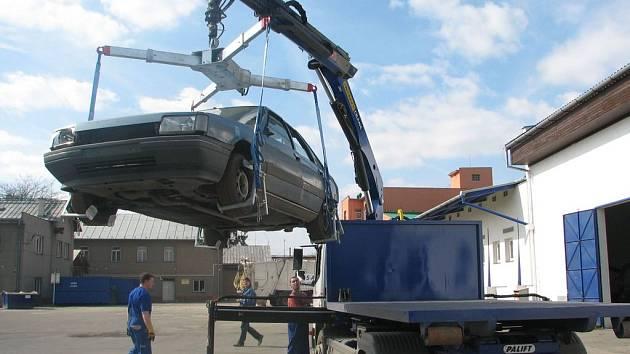 Nedávno si firma .A.S.A. na odtahy pořídíla nové auto