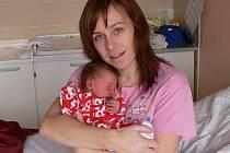 Michael Novotný s maminkou Lucií, Nezamyslice, narozen 20. prosince, 49 cm, 2900 g