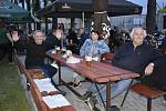Rockový večer v prostějovské zahradní restauraci U Rockyho