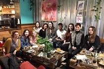 V mezinárodním složení dorazila čtveřice studentů hostovat na prostějovskou Obchodní akademii
