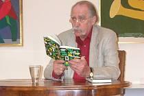 Při příležitosti své výstavy v Muzeu Prostějovska v roce 2003 četl sochař Vladimír Preclík úryvky ze svých knih.