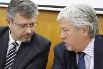 Tiskovka Povodí Moravy k revitalizaci plumlovské přehrady - vlevo generální ředitel Povodí Moravy Radim Světlík