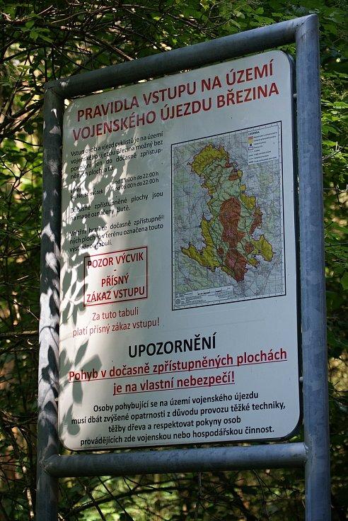 Zákaz vstupu do vojenského újezdu Březina