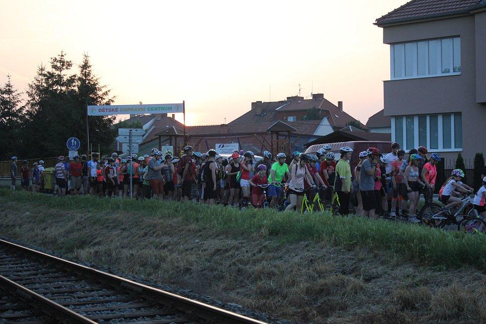 Nadšení bruslaři se projeli Prostějovem