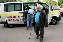 Prostějovské Senior taxi provozované jedenadvacetiletým podnikatelem