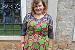 Marcela Krejčí v šatech z tradiční africké látky kitenge