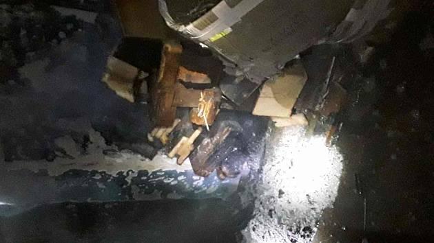 U požáru v rodinném domě v Lazníkách na Přerovsku zasahovaly v pondělí ráno tři jednotky profesionálních hasičů