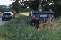 Řidič nezvládl řízení, posádka auta skončila ve Fakultní nemocnici Olomouc.