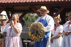 Hanačky a Hanáci se vrátili do Pivín. Přinesli s sebou tradice, které předváděli.