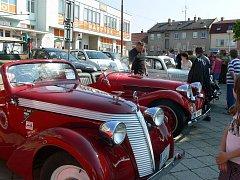Konický Veteran vehicle club uspořádal v sobotu tradiční jízdu do Mladějovic.