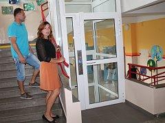 Bezbariérový výtah v určické škole
