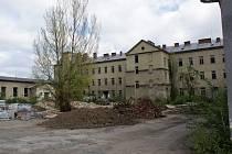 Neutěšený stav bývalých kasáren v Jezdecké ulici v Prostějově – 9. dubna 2014