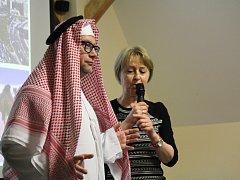 Přednáška zdravotní sestry Evy Veselé o životě a práci v Saudské Arábii