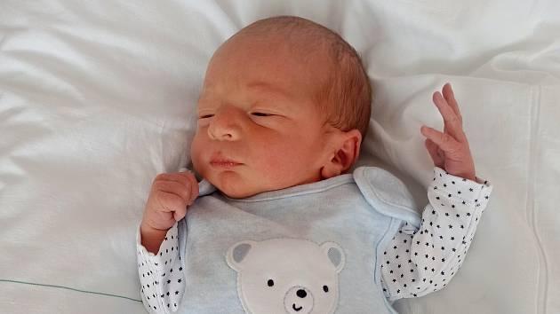 Tomáš Dopita, Žeravice, narozen 6. února 2021 v Přerově, míra 48 cm, váha 2220 g