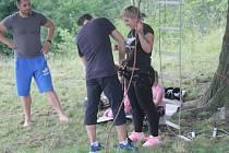 Už třetí ročník Určických her se v sobotu uskutečnil na starém hřišti v Určicích. Tentokrát připravili dva nejtěžší disciplíny vojáci z prostějovského 102. průzkumného praporu generála Karla Palečka.