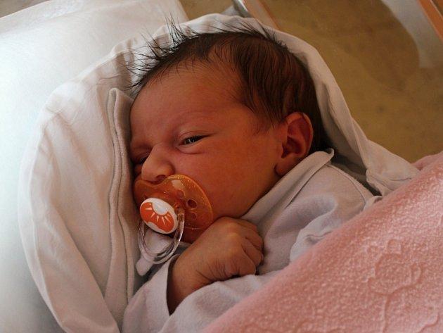 Barbora Vémolová, Plumlov, narozena 20. března, 50 cm, 3300 g