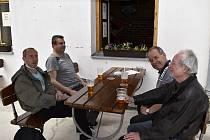 Znovuotevření restauračních předzahrádek a kadeřnictví v Prostějově - 11. května 2020