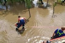 Pondělní bouřky a krupobití nadělalo v Tištíně pěknou paseku. 20.7. 2020