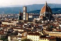 Přirozeně elegantní kopule florentského dómu od Brunelleschiho zvěstuje světu ideály renesance.