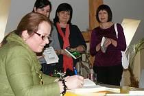 Beseda se spisovatelkou Jarmilou Pospíšilovou v prostějovské knihovně
