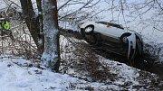 Nehoda renaultu ve Hvozdu