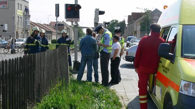Tragická nehoda na přejezdu v Olomoucké ulici.