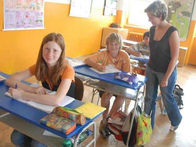 V září usednou některé prostějovské děti do lavic Základní školy Jana Železného.