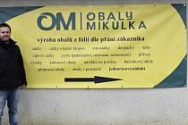 Pavel Mikulka provozuje vlastní firmu s obalovými materiály.