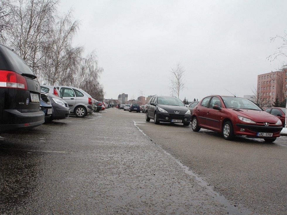 Parkování u prostějovské nemocnice