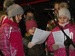Česko zpívá koledy v Plumlově 2015