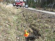 Řidič motocyklu skončil po nehodě u Seče v nemocnici.