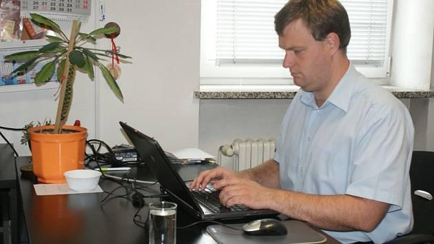Předseda české Mensy Tomáš Blumenstein ON-LINE