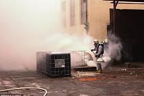 Únik nebezpečné látky do ovzduší v průmyslové zóně v Prostějově v sobotu likvidovali hasiči z Prostějova a Olomouce.
