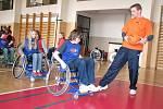 Vlastní zkušenost je stokrát lepší než nejpodrobnější popis. To ukázal Paralympijský školní den v prostějovské základní škole na sídlišti Svobody.