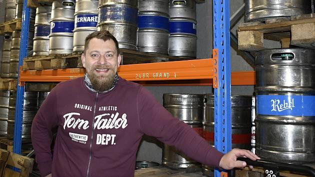 Velkosklad nápojů v Kostelci na Hané, majitelem je Martin Hubál.